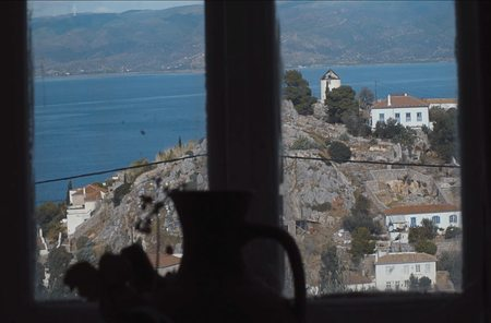 Hydra from Don Lowes Window Copyright Words and Poems.jpg