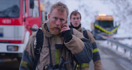 Bilde_brannmenn_Thorbjørn Harr og Mikkel Bratt Silset.jpg