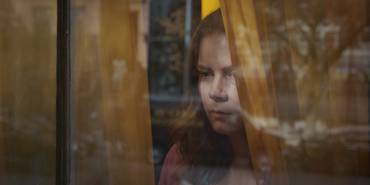the_woman_in_the_window_dtlr1_marketing_still_rec709_191216.086365.jpg