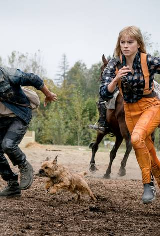 Chaos Walking CW_Tom Holland_Daisy Ridley_ still.jpg