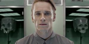 David (Michael Fassbender) i Prometheus