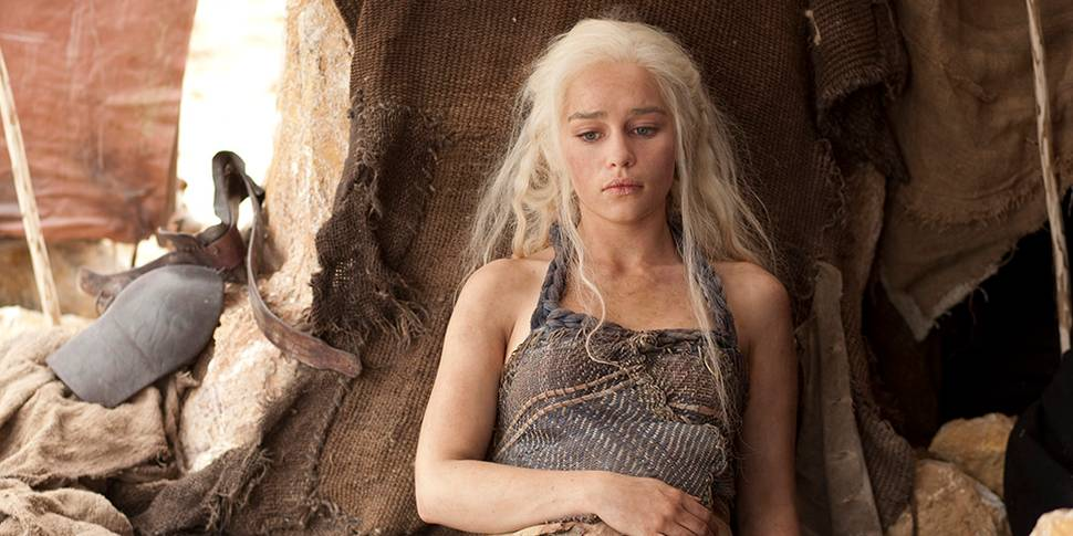 Emilia Clarke i Game of Thrones sesong 2