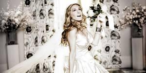 Carrie (SJP) er den perfekte ikoniske bruden, selvom bryllupet ikke ble helt som planlagt.