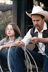 Edward Norton og Rory Culkin i Down in the Valley