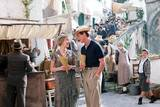 Stephen Campbell-Moore og Scarlett Johansson i A Good Woman