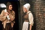 Scarlett Johansson og Cillian Murphy i Pike med perleøredobb