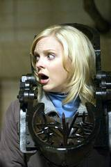 Anna Faris spiller Cindy Campbell i Scary Movie 4 (2006)