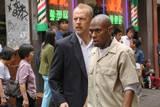 16 Blocks. Bruce Willis (politibetjenten Jack Mosley) og Mos Def (Eddie Bunker).