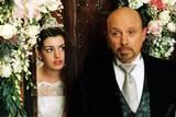 Anne Hathaway og Hector Elizondo i Prinsesse på prøve 2 - Kongelige forviklinger