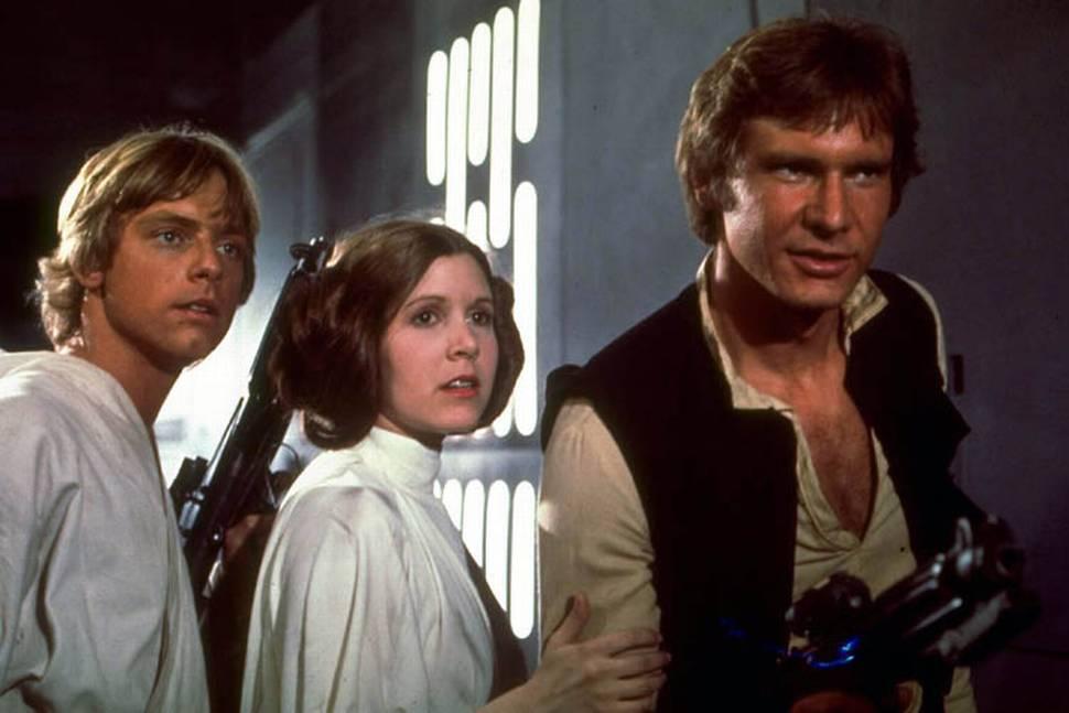 Carrie Fisher og co i «Star Wars»-filmen fra 1977.