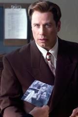 Elmer C. Robinson (John Travolta) sliter tungt etter sin kones selvmord.