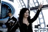 Will Smith og Lara Flynn Boyle i Men in Black II