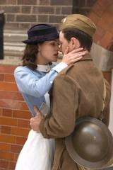 Keira Knightley som Cecilia og James McAvoy som Robbie Turner i Atonement - Om forlatelse