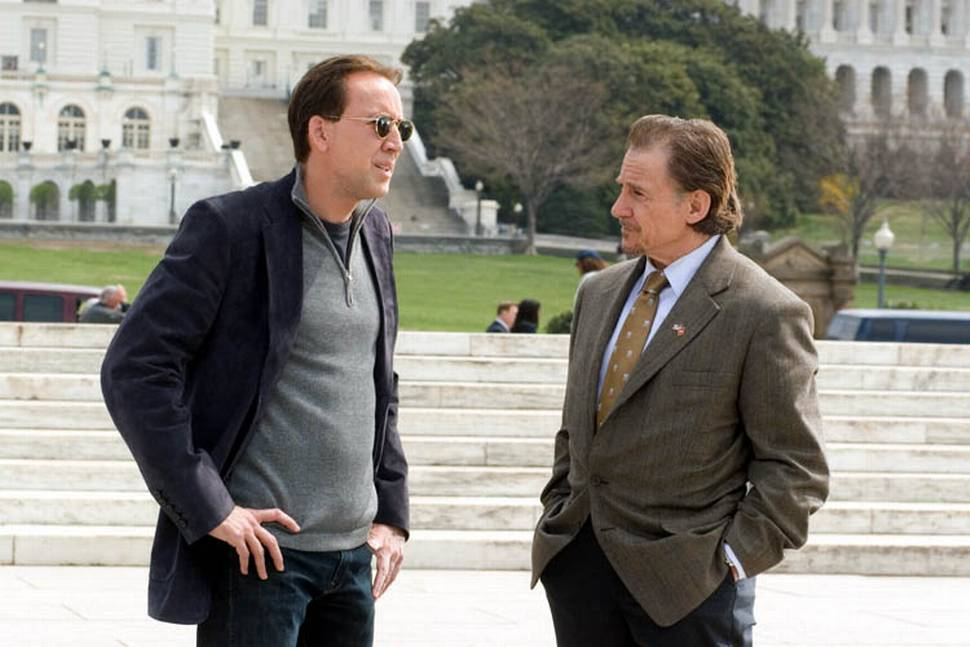 Nicolas Cage og Harey Keitel i National Treasure: Book of Secrets