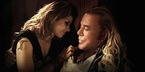 Marisa Tomei og Mickey Rourke i The Wrestler