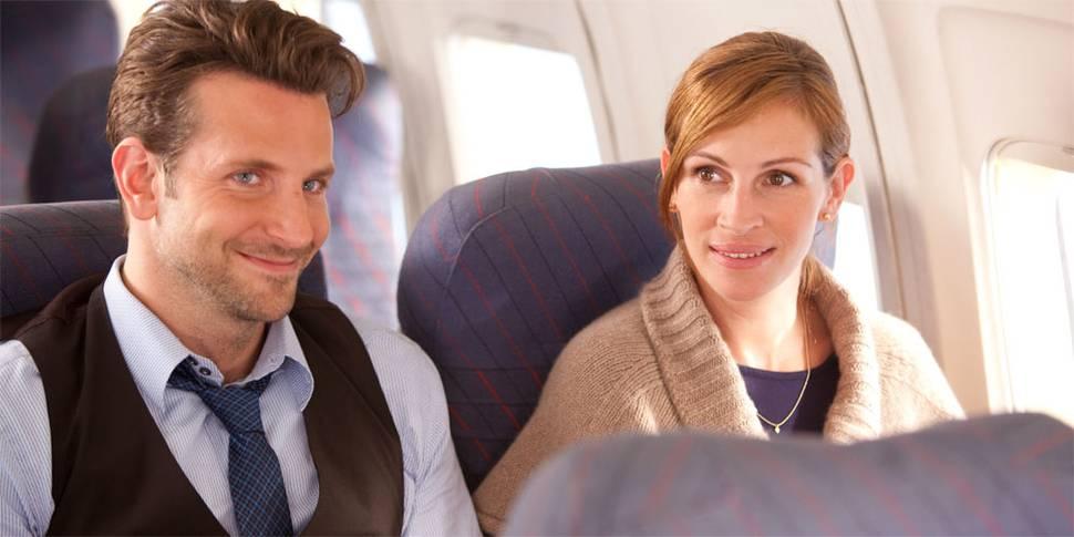 """Holden (Bradley Cooper) og Kate (Julia Roberts) i """"Valentines Day"""""""