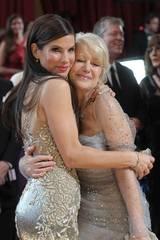 Oscarvinner Sandra Bullock og kollega Helen Mirren