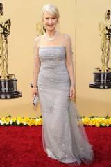 Ingen pris til Helen Mirren, lysgrå og glitrende på Oscar-showet