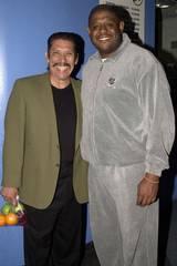 Danny Trejo og Forest Whitaker på en veldedighetsauksjon i 2002