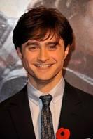 Daniel Radcliffe på verdenspremieren til Dødstalismanene i London