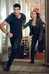 Taylor Lautner og Lily Collins i Abduction