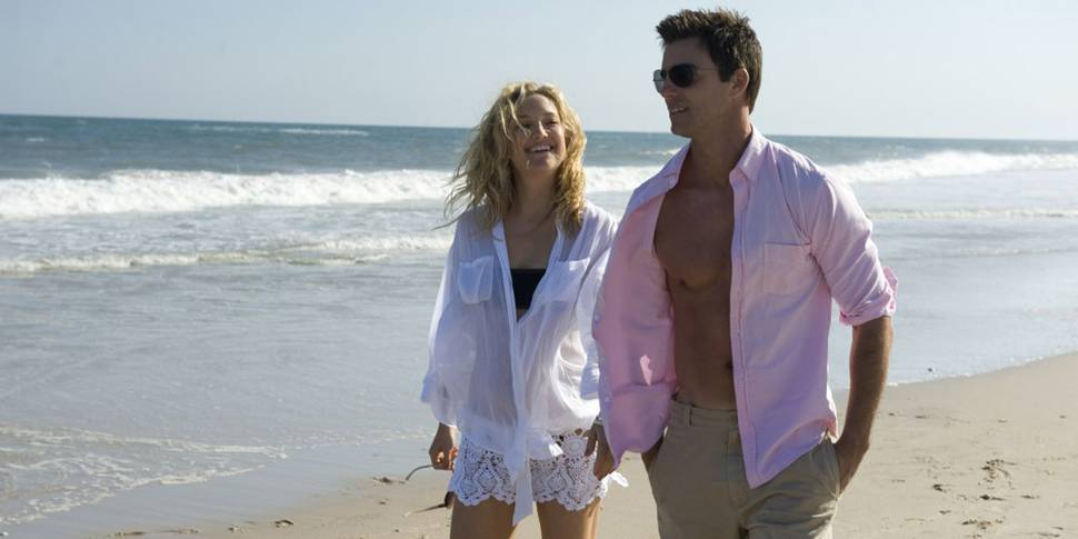 Kate Hudson som Darcy og Colin Egglesfield som Dex i Something Borrowed