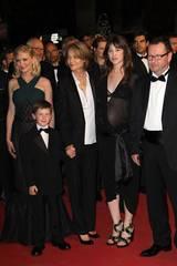 Kirsten Dunst, Charlotte Rampling, Charlotte Gainsbourg og Lars von Trier i Cannes