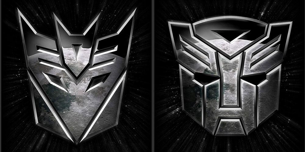 Autobots vs Decepticons