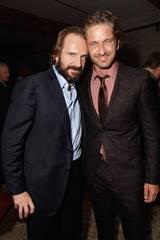 Ralph Fiennes og Gerard Butler