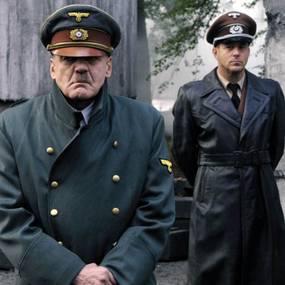 Adolf Hitler (Bruno Ganz) and Albert Speer (Heino Ferch) i Der Untergang