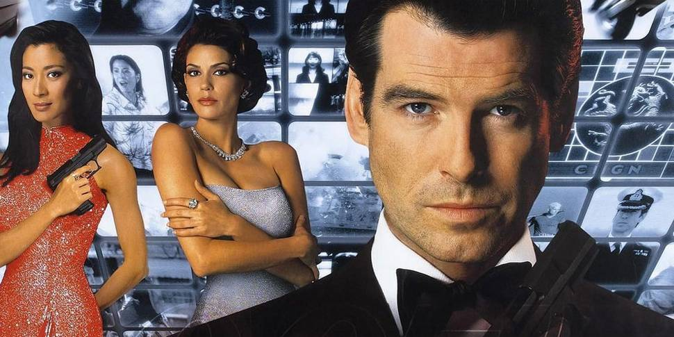 Michelle Yeoh, Teri Hatcher og Pierce Brosnan i James Bond: Tomorrow Never Dies
