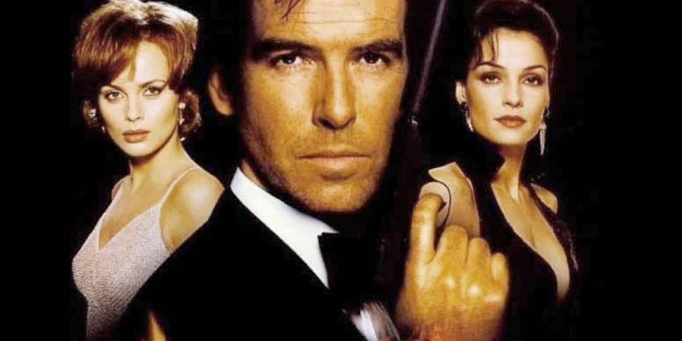 Izabella Scorupco, Pierce Brosnan og Famke Janssen i James Bond: GoldenEye