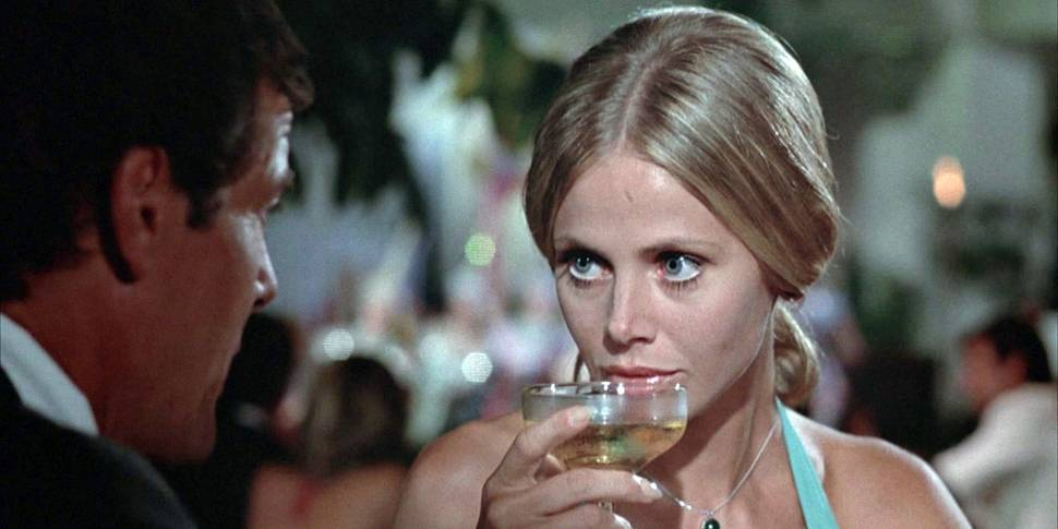 Britt Ekland i The Man with the Golden Gun