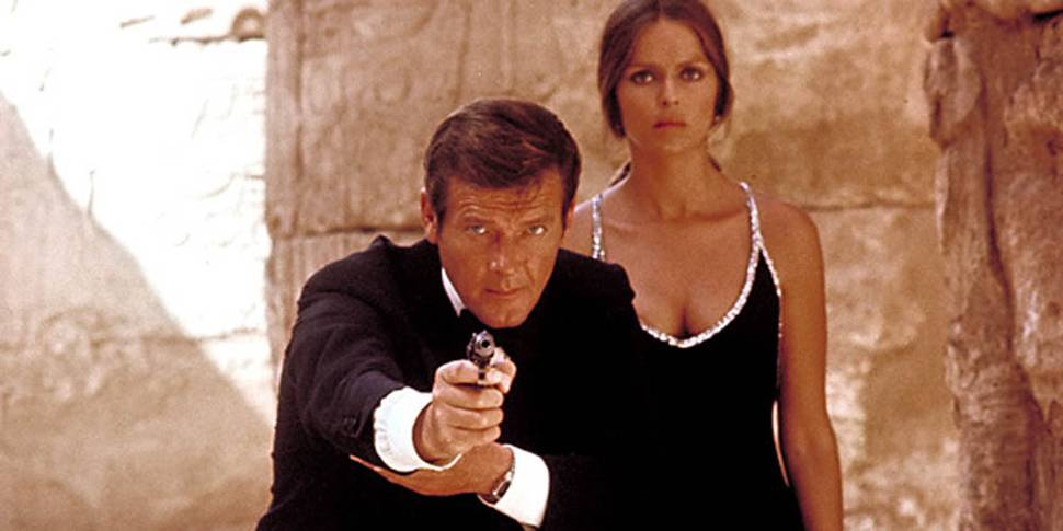 Roger Moore og Barbara Bach i The Spy Who Loved Me