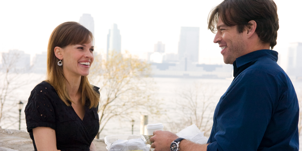 Hilary Swank (Holly Kennedy) og Harry Connick Jr.(Daniel Connelly) i filmen P.S. I love you