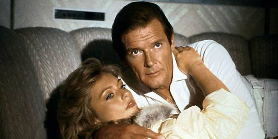 Tanya Roberts og Roger Moore i A View to a Kill