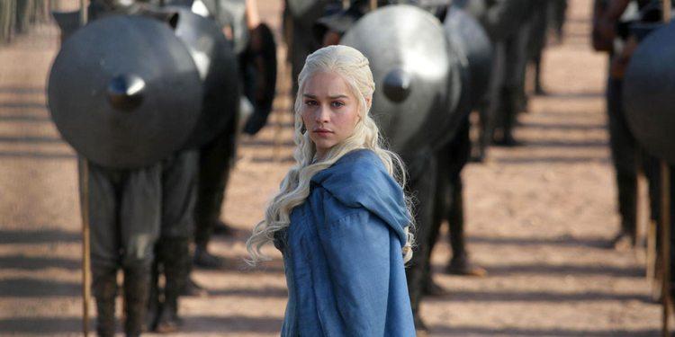 Emilia Clarke som Daenerys Targaryen i Game of Thrones sesong 3