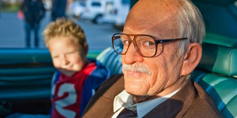 Johnny Knoxville og Jackson Nicoll i Jackass Presents: Bad Grandpa