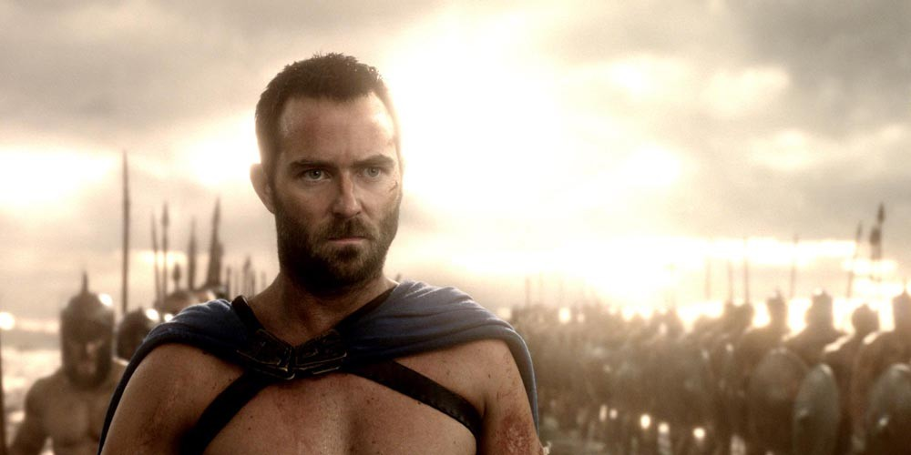 Sullivan Stapleton i 300: Rise of an Empire