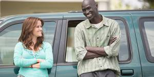 Reese Witherspoon og Ger Duany i The Good Lie