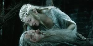 Gandalf (Ian McKellen) og Galadriel (Cate Blanchett) i Hobbiten: Femhærerslaget