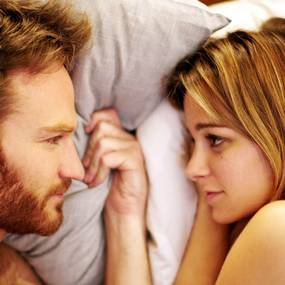 Josh Lawson og Bojana Novakovic i The Little Death