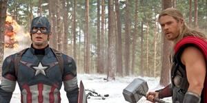 Chris Evans og Chris Hemsworth i The Avengers: Age of Ultron
