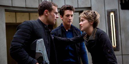 Theo James, Miles Teller og Shailene Woodley i Insurgent