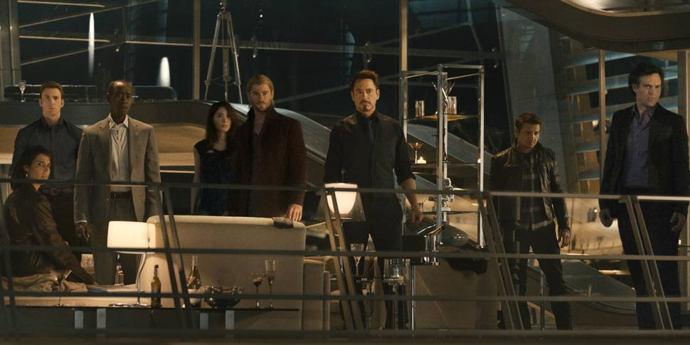 Cobie Smulders, Chris Evans, Chris Hemsworth, Jeremy Renner, Robert Downey Jr., Don Cheadle og Mark Ruffalo i Avengers: Age of Ultron