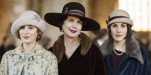 Laura Carmichael, Elizabeth McGovern og Michelle Dockery i Downton Abbey sesong 6