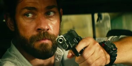 John Krasinski i 13 Hours: The Secret Soldiers of Benghazi