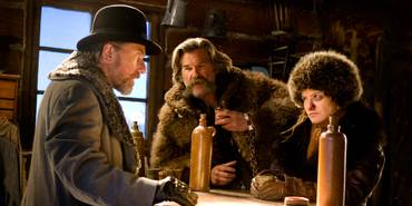 Tim Roth, Kurt Russel og Jennifer Jason Leigh i The Hateful Eight