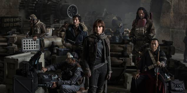 Wen Jiang, Felicity Jones, Diego Luna, Donnie Yen og Riz Ahmed i Rogue One: A Star Wars Story