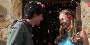 Asa Butterfield og Britt Robertson i The Space Between Us
